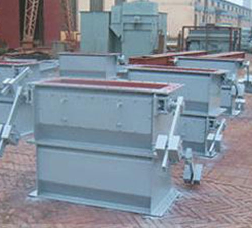 Double layer heavy hammer flap ash unloading valve